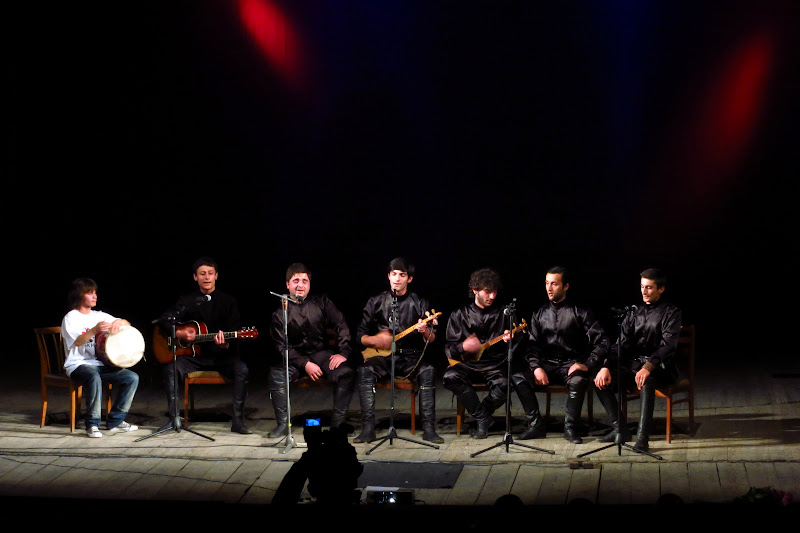 Georgian folk singers