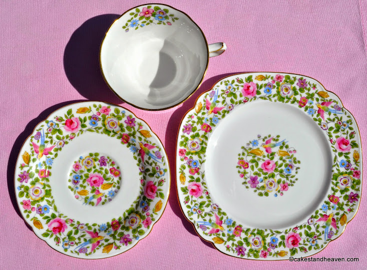 A454 pattern 1939 vintage bone china trio