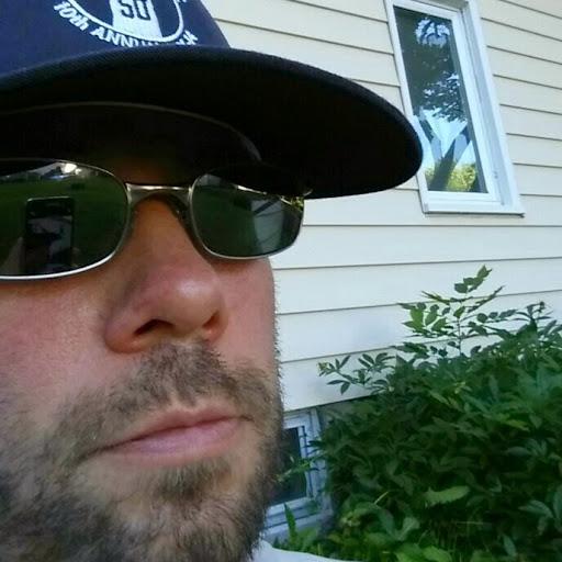 Aaron Stang Photo 18