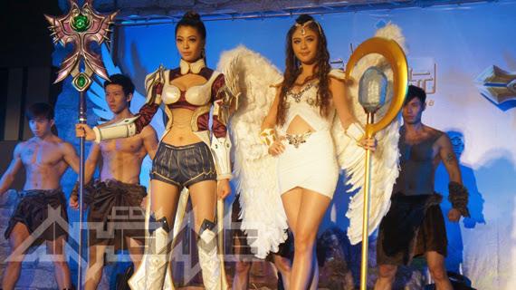 Ngắm cosplay trong lễ ra mắt Thần Chiến Kỉ Nguyên - Ảnh 2
