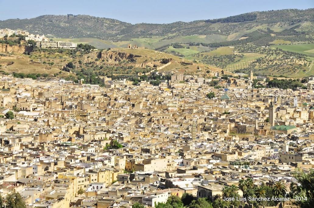 https://www.360cities.net/image/medina-de-fez#0.00,0.00,70.0
