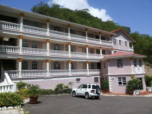 Rejens Hotel, Portsmouth, Dominica