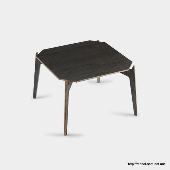 Более привычный вариант стола - с четырьмя ножками