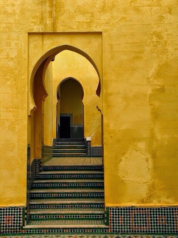 Amarillo tostado amarillo chalk paint la c moda encantada for Color tostado pared