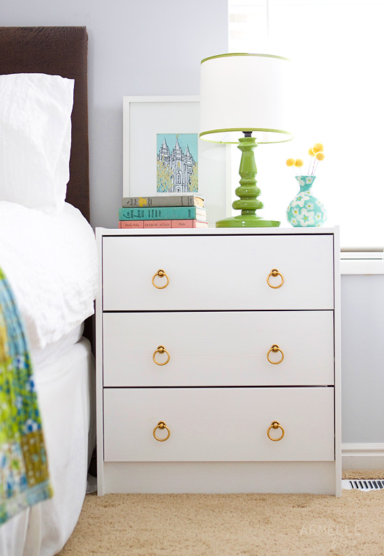 diy ikea rast dresser to bedside table armelle blog. Black Bedroom Furniture Sets. Home Design Ideas