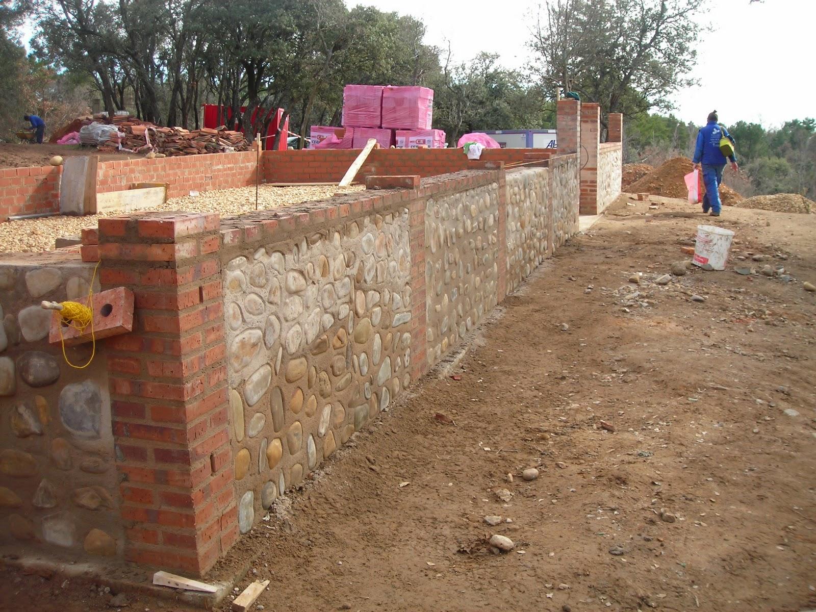 El cueto del moro coronaci n del muro de piedra - Muros de ladrillo visto ...