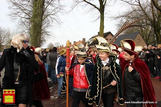 carnavalsfeest op school 08-02-2013 (42).JPG