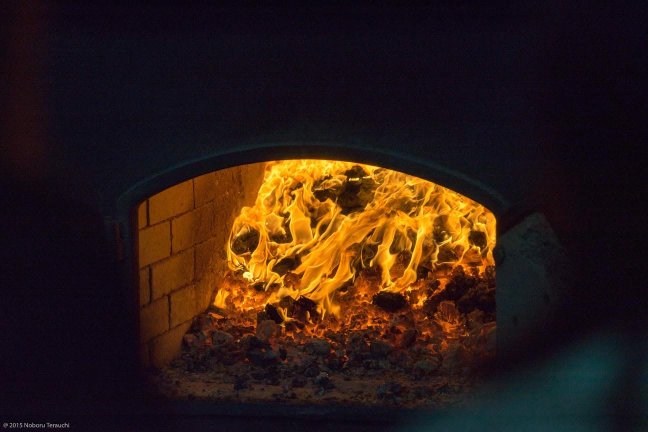 燃え上がる熱さが伝っわてきます