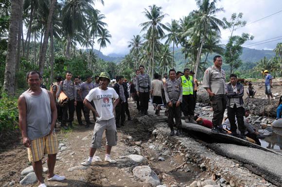 banjir bolsel, bencana bolsel, Bolsel, Bolaang Mongondow Selatan, Posigadan, banjir posigadan, Humas Bolsel