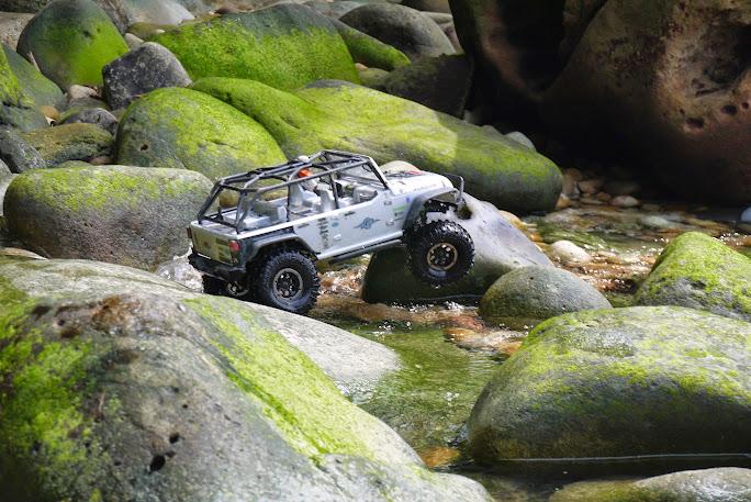 jeep - Axial Jeep Borneo escapade P1020593