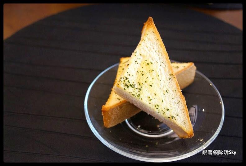 三重美食推薦-好吃好玩的【 朵娜好食親子餐廳 】(已歇業)