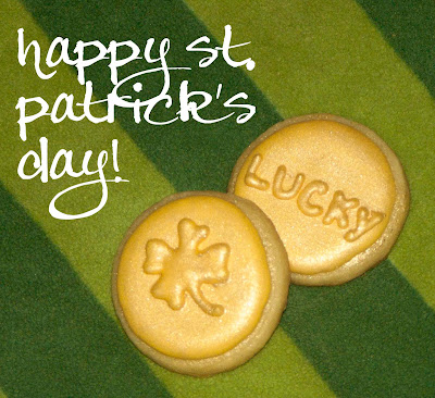 st patricks patrick's day holiday gold coins shamrock horseshoe dollar sign kiss me i'm irish sugar cookie royal icing frosting