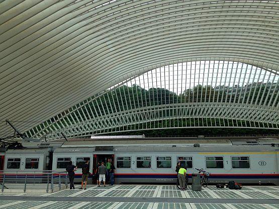 Bahnhof von Lüttich/Gare de Liège