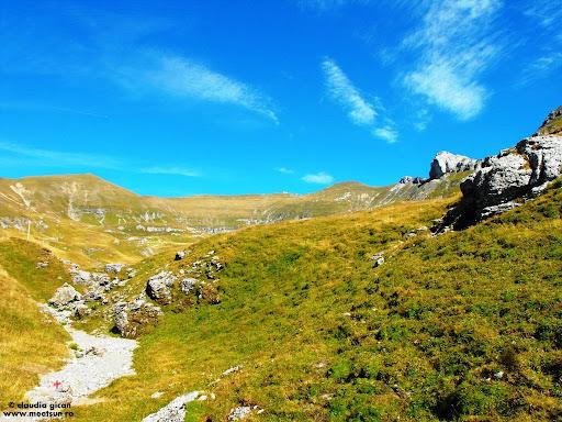 trasee marcate in Bucegi: Valea Gaura, Varful Omu