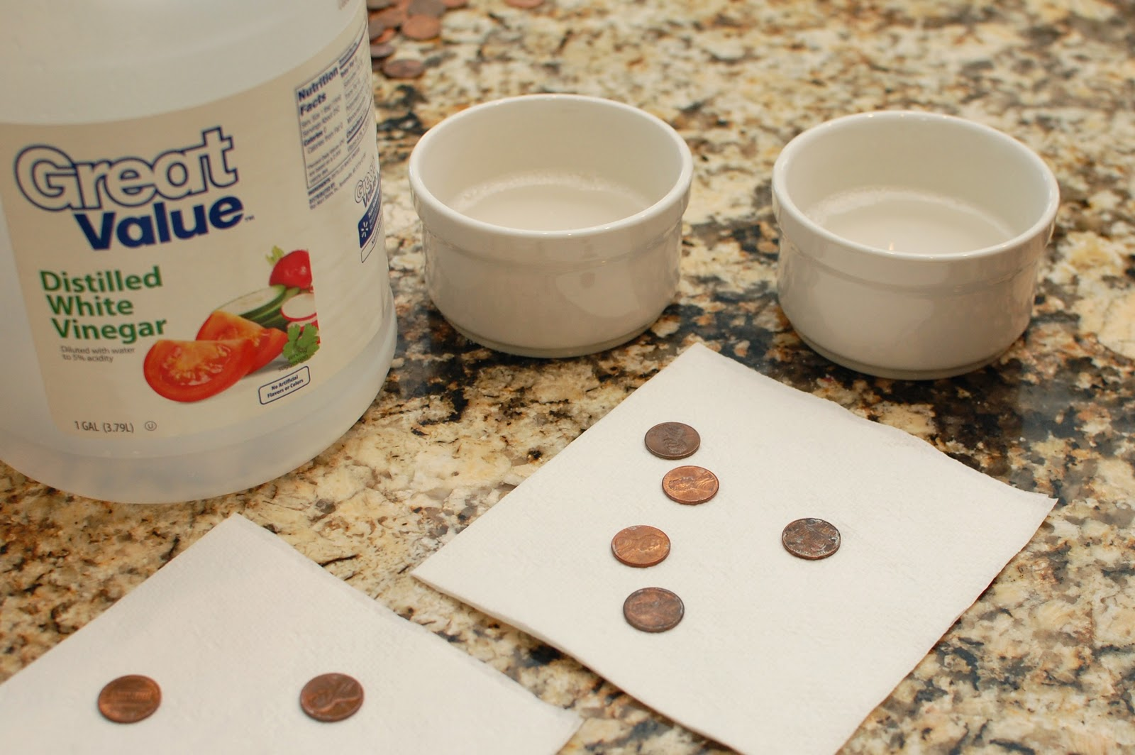 White vinegar and a tsp of salt in a bowl
