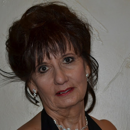 Virginia Estrada