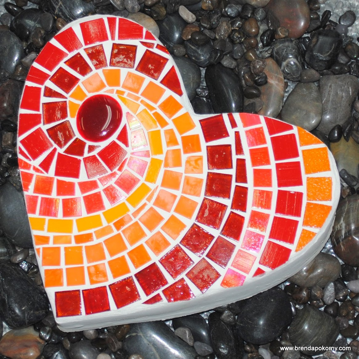 Hot Hot Heart Mosaic Stepping Stone MOO5045