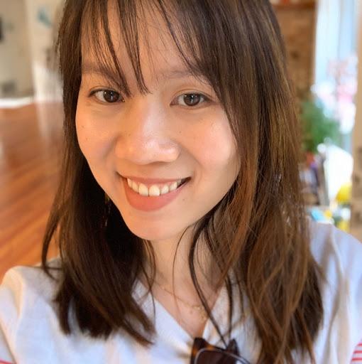 Jacqueline Pham Photo 17