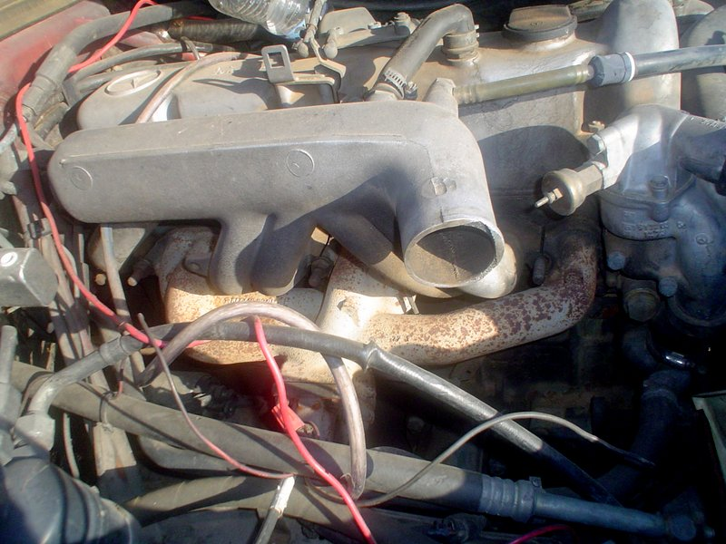 Selling Early W115 300D Long Runner Intake Manifold For Adding