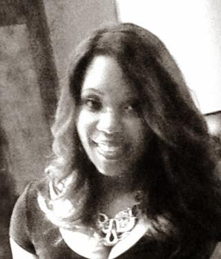 Kia Smith Photo 32