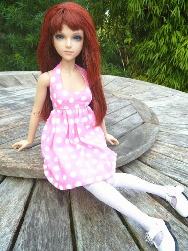 Alice (Leona JID Iplehouse) en cure de remise en forme (p 2) Essai%2520perruques36