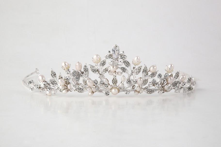 ティアラ カチューシャ ブライダル  ウェディング アクセサリー ウエディング ヘッドドレス パールマリアベール ラリエット 画像