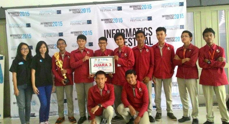Juara 3 UPC 2015 Programming Competition
