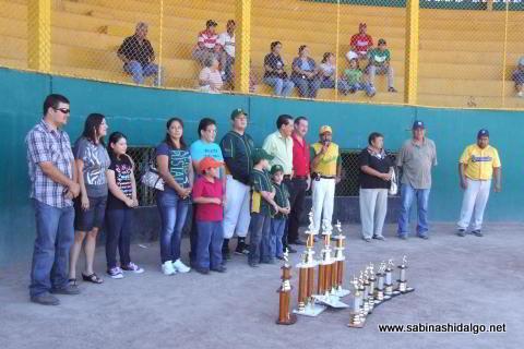 Inauguración del torneo de softbol Oscar Valle Villarreal