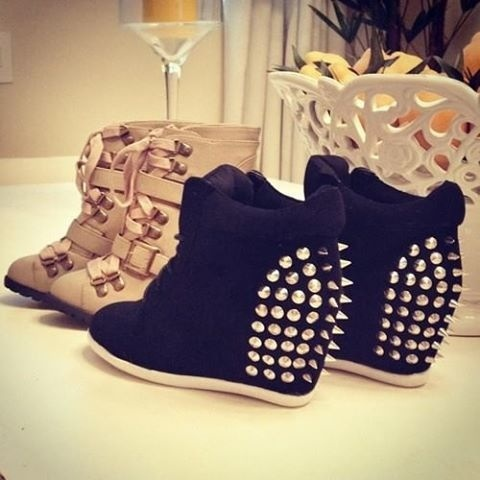Wedges heels with spikes