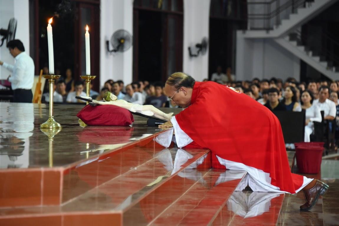 Gx. Đồng Tiến: Tuần Thánh Và Đại Lễ Phục Sinh