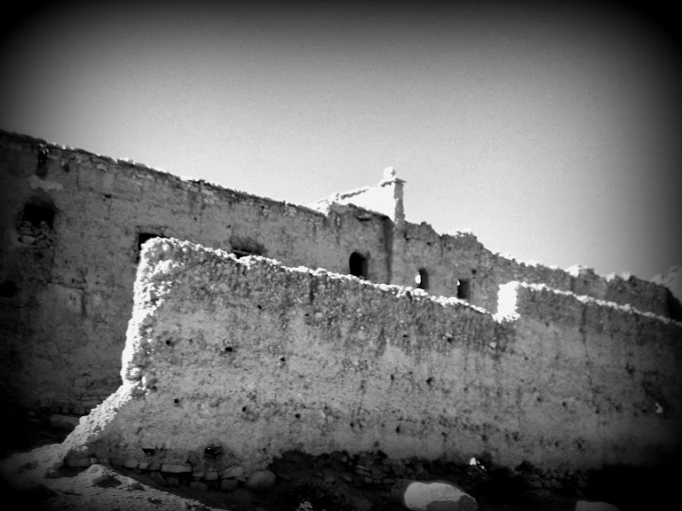 Marrocos e Mauritãnia a Queimar Pneu e Gasolina - Página 12 DSCF1359