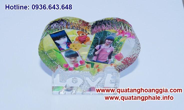 pha lê in ảnh hình trái tim quà tặng đầy ý nghĩa các bạn nhé, hãy đến với chúng tôi và cùng sáng tạo ra những món quà đầy ý nghĩa