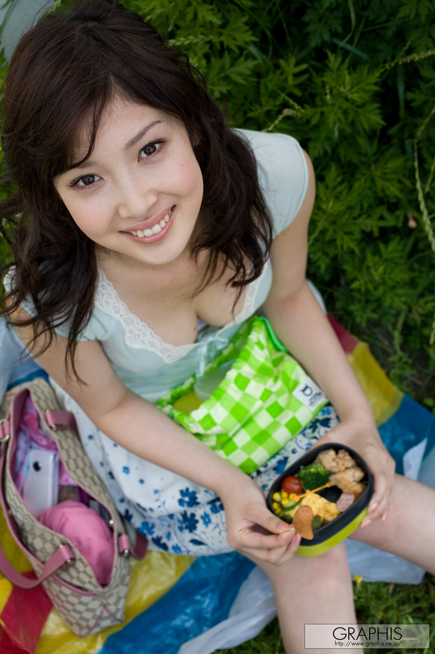 Japanese girls go to hollywood for bbc 2 cireman 6