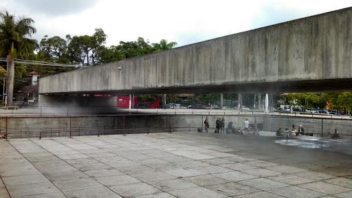 """Arquitetura do Brasil, representada por Brasília, é """"melancólica, feia e desumana"""" - Página 3 Photo"""