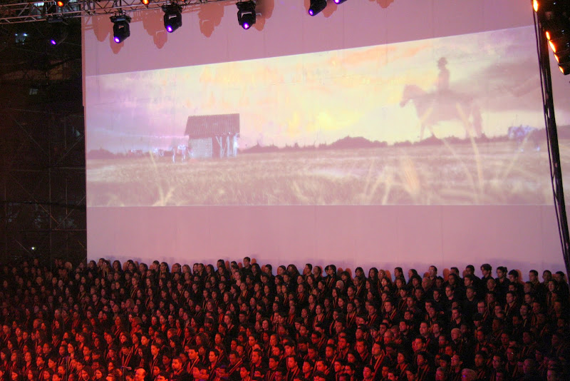 Dudamel y los músicos de El Sistema tocaron y entonaron  la Cantata Criolla: Florentino el que cantó con el Diablo, de Antonio Estévez, para celebrar el Bicentenario de la Independencia de Venezuela. Foto: Frank Di Polo
