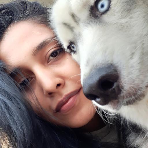 Aisha Shah Photo 14