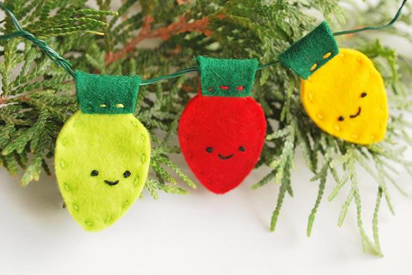 Enfeite de feltro para a árvore de natal