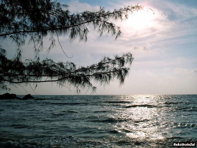 Pantai-Batu-Layar-Beach