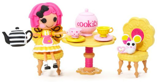 Crumbs' tea party playset (incluye mini Crumbs Sugar Cookie y su mascota)