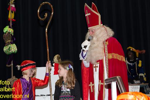 Intocht Sinterklaas overloon 16-11-2014 (83).jpg