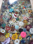 Lots of flower brooches. I love seeing themed collections like this.