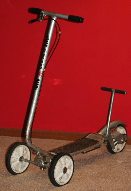 trottinette Honda Kick'n Go 2 à trois roues