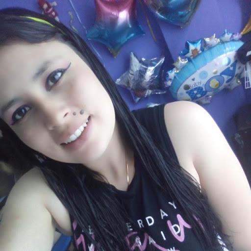 katherine Alvarez picture