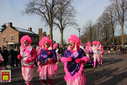 Carnavalsoptocht overloon 10-02-2013 (33).JPG