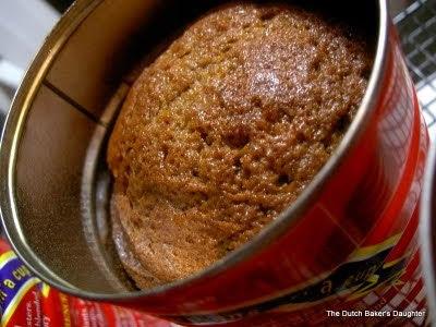 тикен хляб печен в консервена кутия