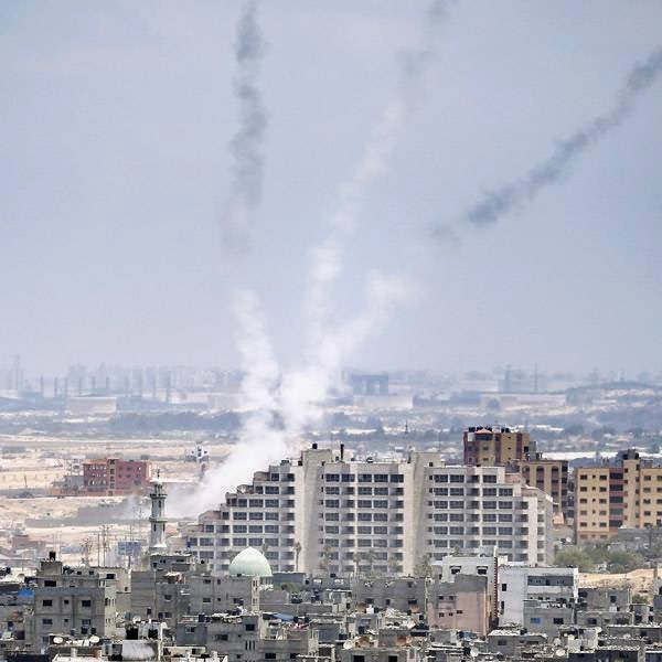 The Israeli military says Gaza militants have fired three rockets at Israel since the deadline passed for the start of a ceasefire proposed by Egypt.