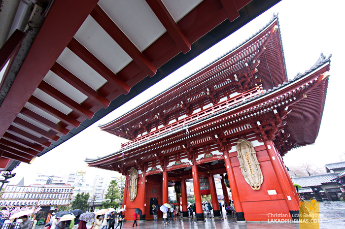 The Massive Hozomon Gate at Asakusa's Sensoji Temple