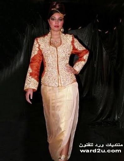 تاريخ الملابس التقليديه الجزائريه