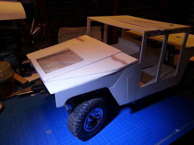 AXIAL SCX10 Hummer H1 Full styrene devient Full Zinc 20130426_162853