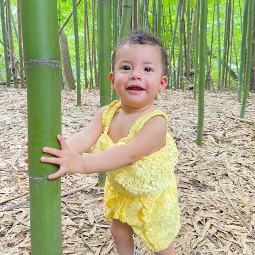 Xiomara Santos Photo 15